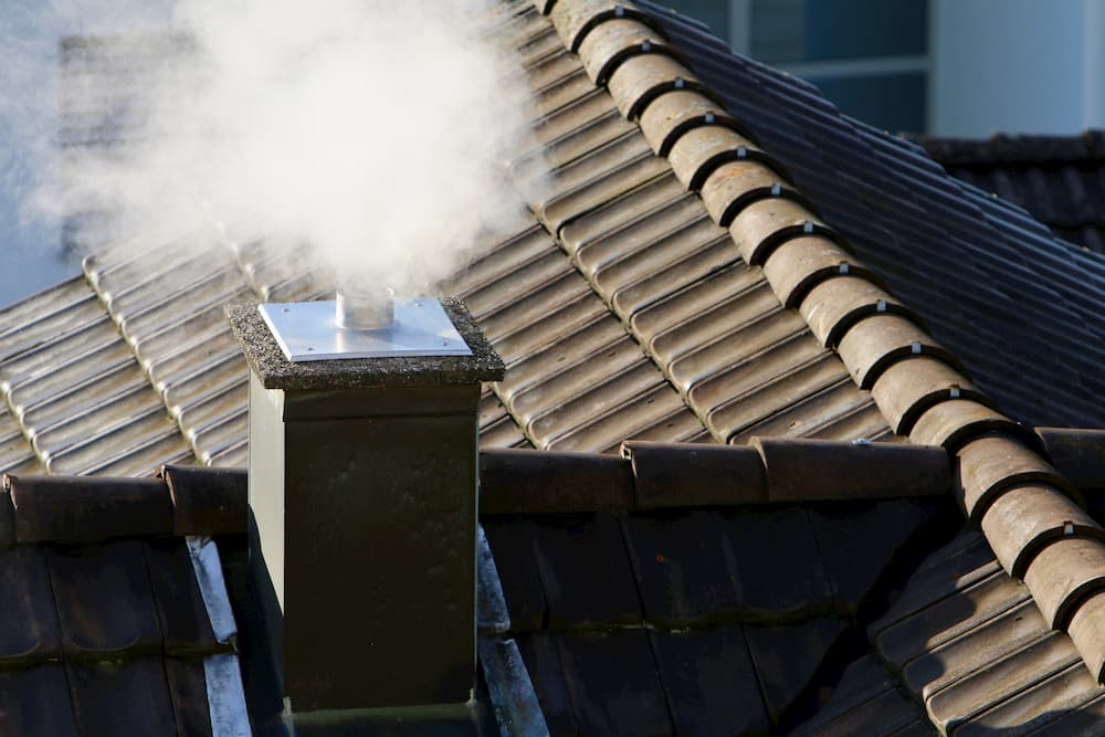 wood-roof-smoke-fireplace-blue-industry-1205112-pxhere.com (1)